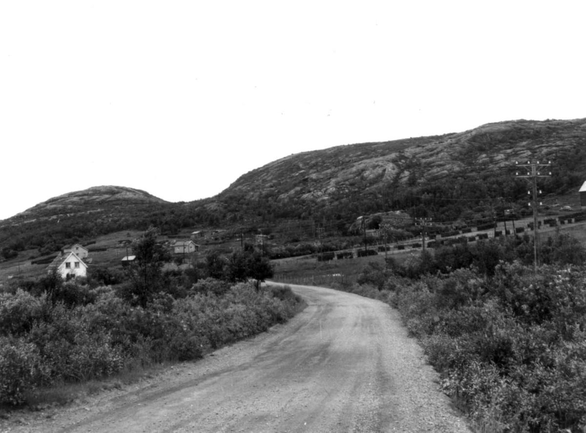 Byluft, Nesseby med bebyggelse, 1968.