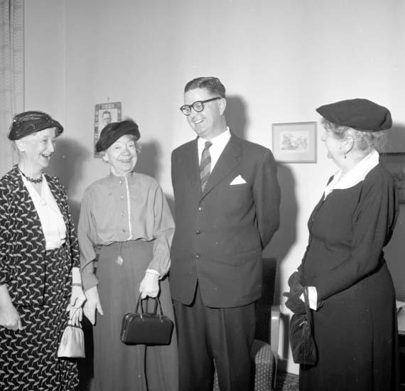 Möte i Uddevalla kommunala flickskolas kamratförening 1958