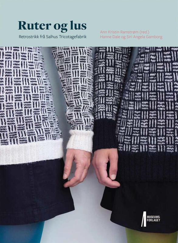 """bokomslag til strikkeboka """"Ruter og lus"""", nærbilete av to damer med strikkegenserar med grafisk mønster (Foto/Photo)"""