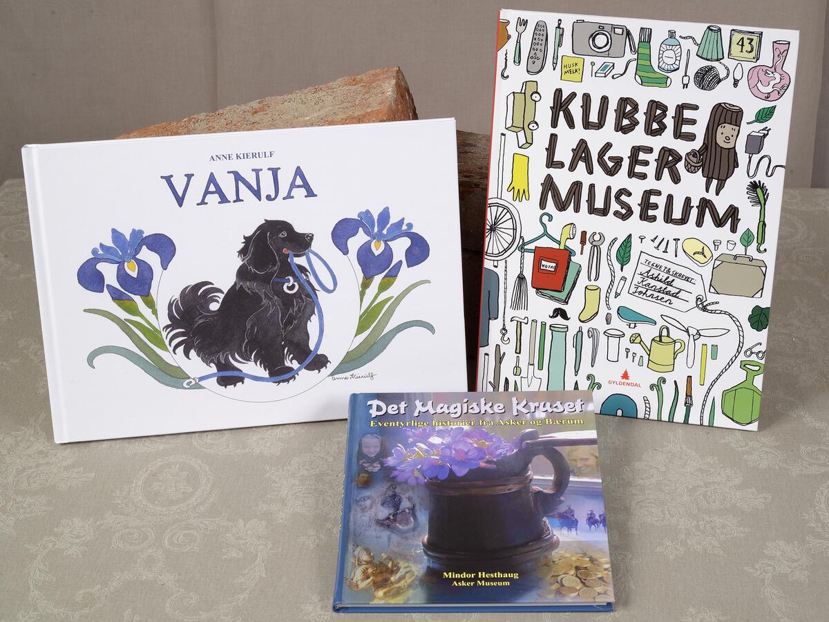 Fine barnebøker! Det magiske kruset kr. 100,- Vanja kr. 200,-  Kubbe lager museum kr. 200,- (Foto/Photo)