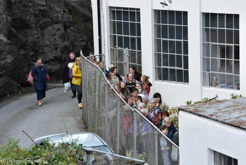 kø på vei inn til Bergen Strikkefestival 2019 (Foto/Photo)
