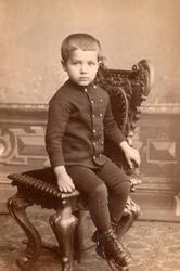 Porträtt av Gustaf Bruno som barn.