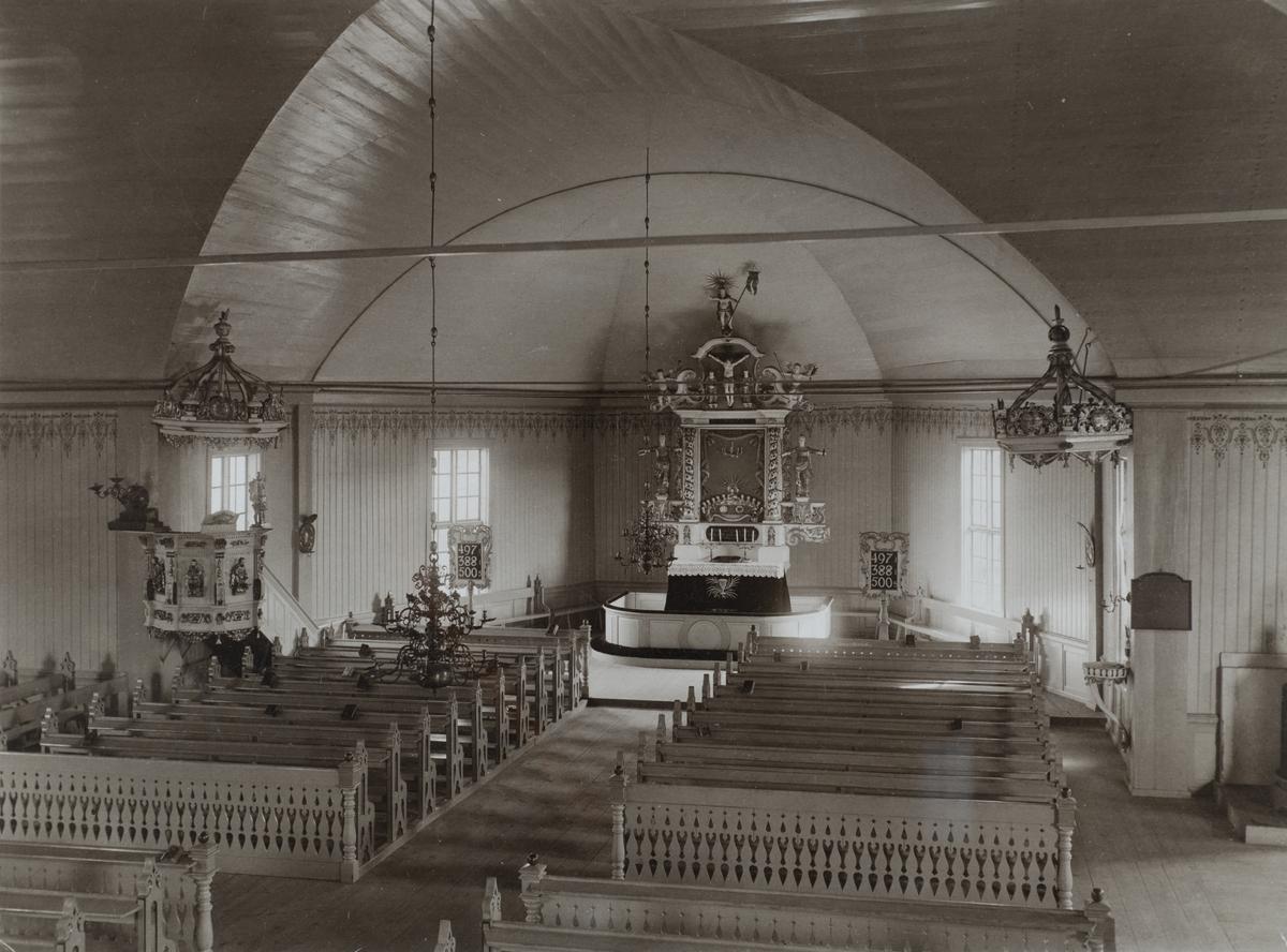 Interiör av Järnboås kyrka, omkring 1910.