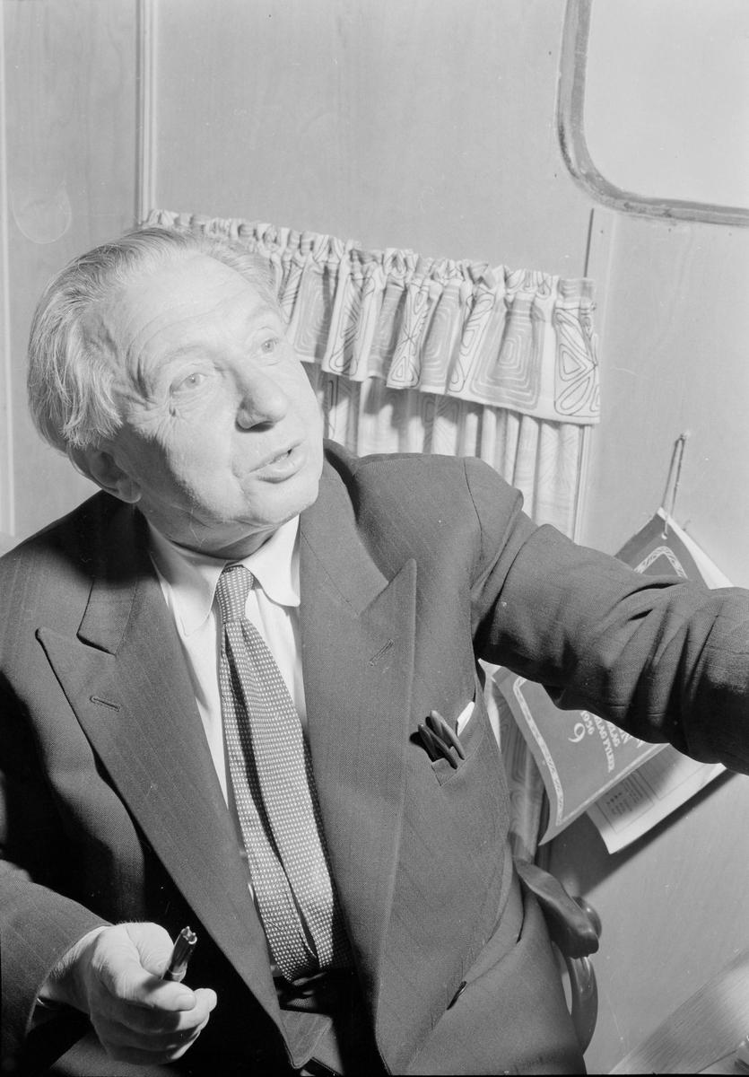 Impressario Ole Stavem i Cirkus Berny