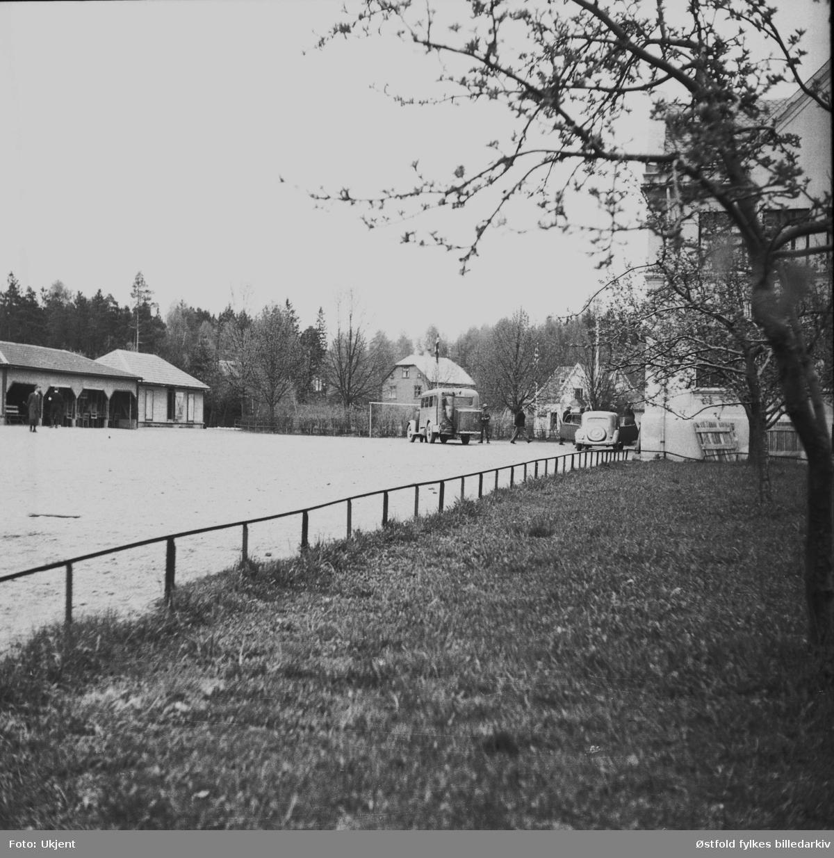Landssvikere anholdes og bringes under arrest i Askim i mai 1945.