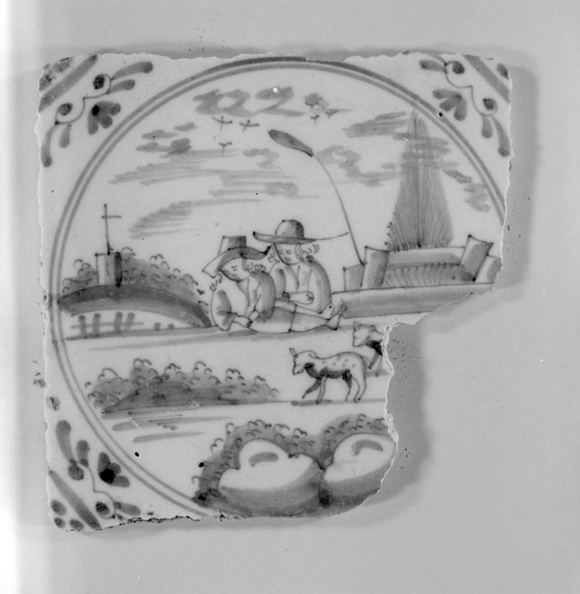 1036 - Keramikkflis med dekor
