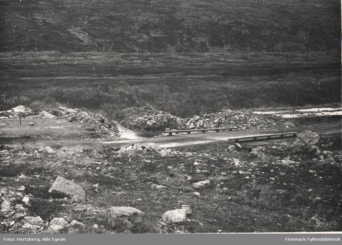 Provisorisk bru på Ifjordfjellet, 1946. Km 18.