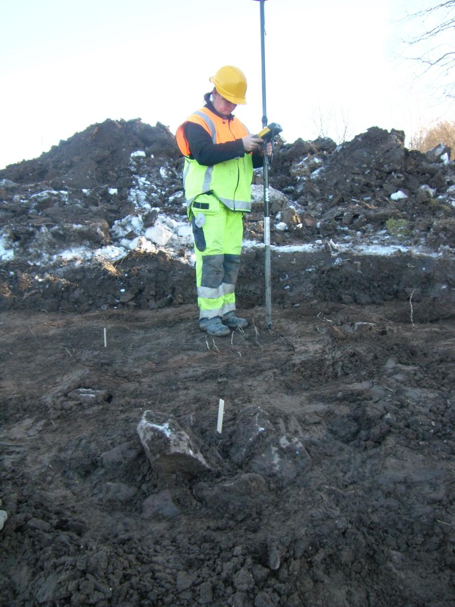Arkeologisk undersökning, Söderhällby, Vaksala socken Uppland 2010