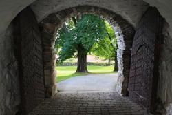 Porten, festningen (Foto/Photo)