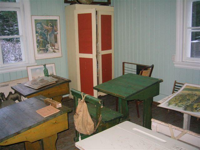 Interiør, klasserom på Skinnarbøl