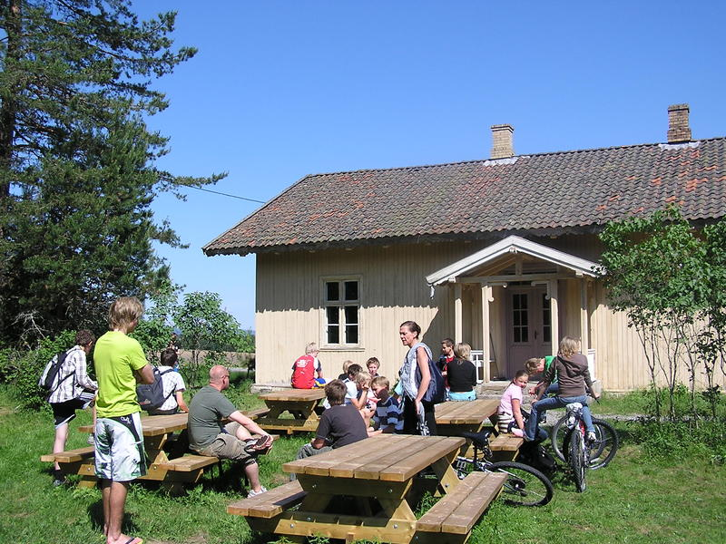 Elevbesøk, Skinnarbøl skolemuseum
