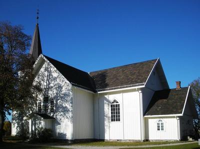 Sndre_Hland_kirke.jpg