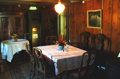 tavern1.jpg. Foto/Photo