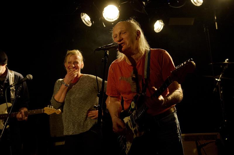 El Regn. Fra venstre: Jan Gunnar Bortheim, Ine Tømmerås og Dennis Reksten. Foto: Helge Skodvin. (Foto/Photo)