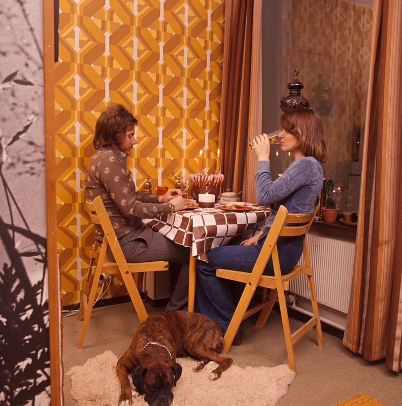 Spiseplass i hybelleilighet på 36 kvm. Nye Bonytt 1975-5.