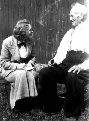 Anna Grostøl intervjuer Terje O. Austenaa, født 1841. Tovdal 1936.