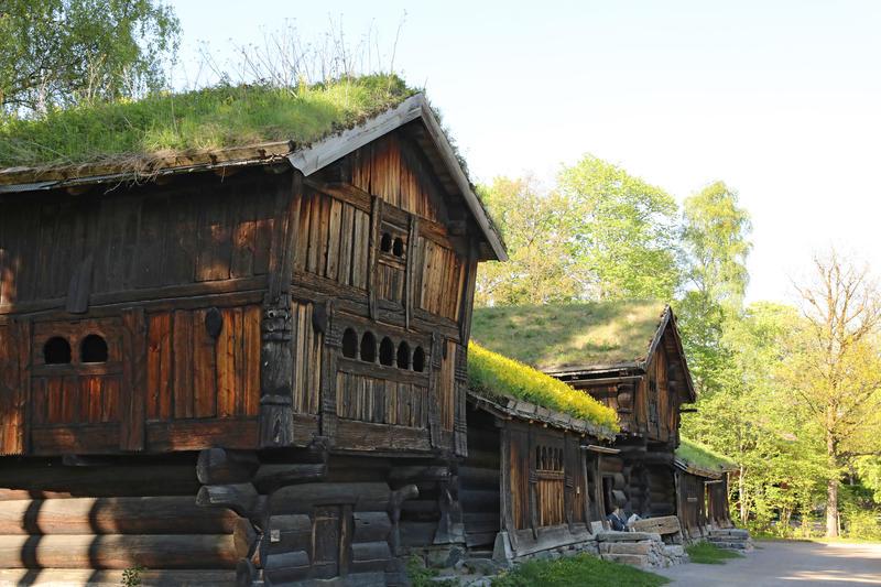 Tun fra Setesdal på Norsk Folkemuseum. Foto: Astrid Santa, Norsk Folkemuseum.