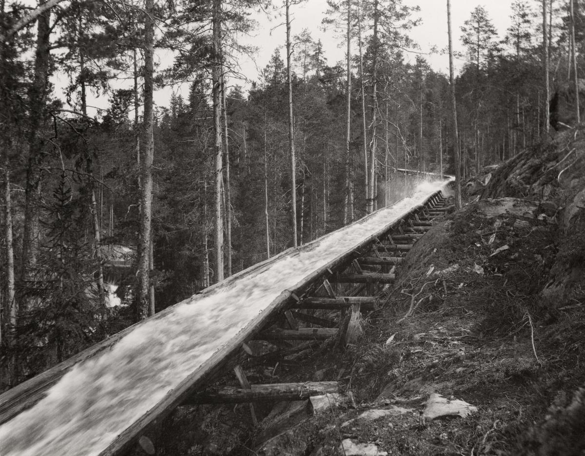 Tømmerrenne ved Hove i Notodden kommune i Telemark (Foto/Photo)