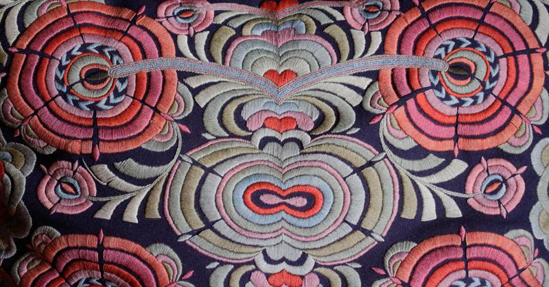 Illustrasjon for Kurs i tekstilhåndtering ved Bevaringstenestene i Hordaland