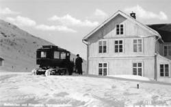 Beltebilentil selskapet Gol-Lærdal-Maristubilene, sjåfør Sve