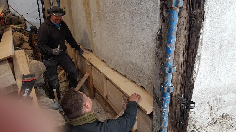 Hyttstuggu mur