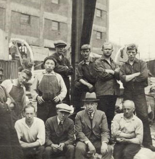 Amundsen sammen med det nye mannskapet til «Maud» i Seattle. Wisting tok kommandoen over skuta. (Foto/Photo)