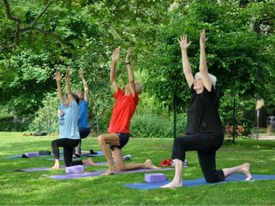yoga_ute_002.jpg