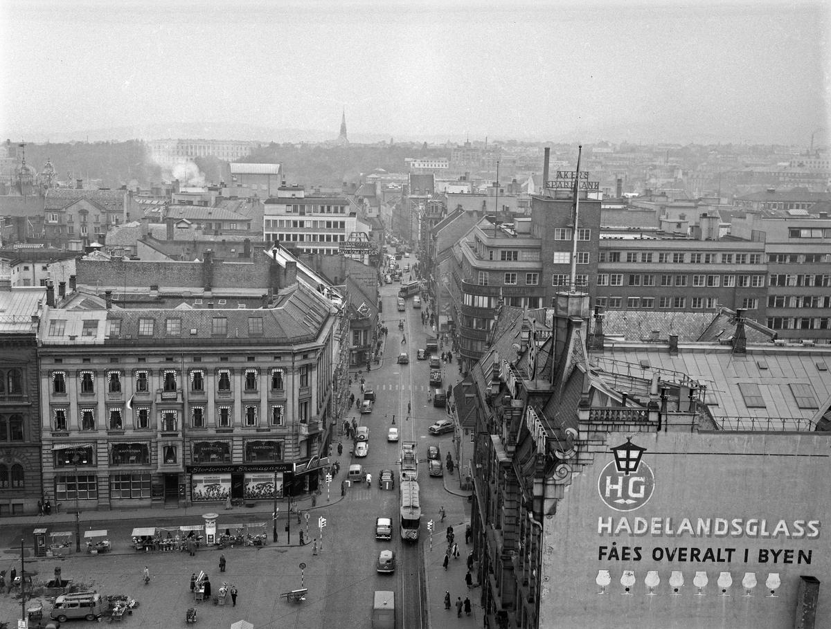 Serie. Oversiktsfotografier fra Oslo sentrum. Fotografert september 1955.