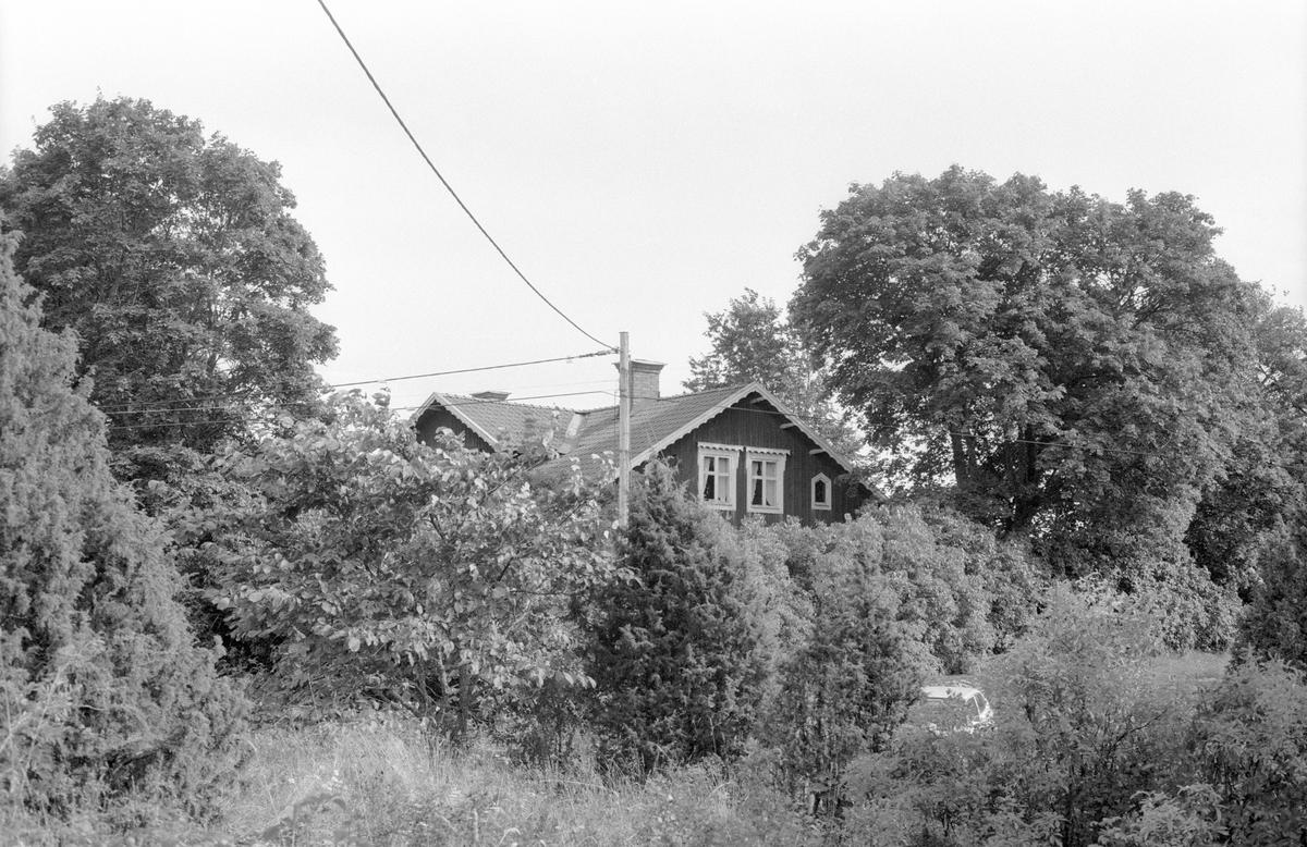 Bostadshus, Lahejmo, Ösby, Knutby socken, Uppland 1987