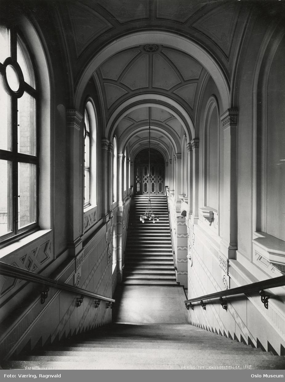 Stortingsbygningen, interiør, hovedoppgang til Stortingssalen