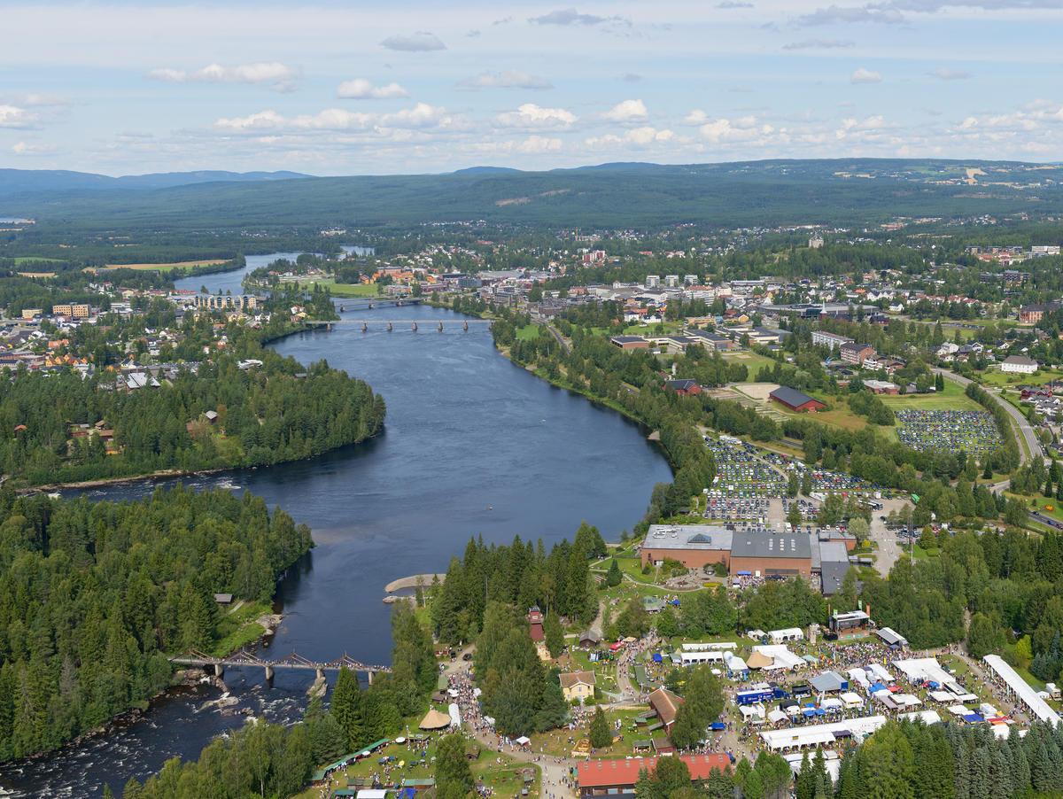 Norsk Skogmuseum og Glomma fotografert fra helikopter under De nordiske jakt- og fiskedager 2014. (Foto/Photo)