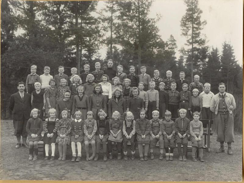 Elever, 1943-1944