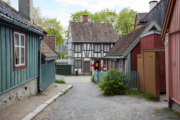Buikdings from Enerhaugen and Hammersborg at Norsk Folkemuseum. Foto/Photo
