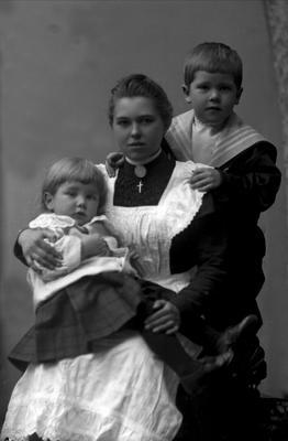 Barnepike med to barn
