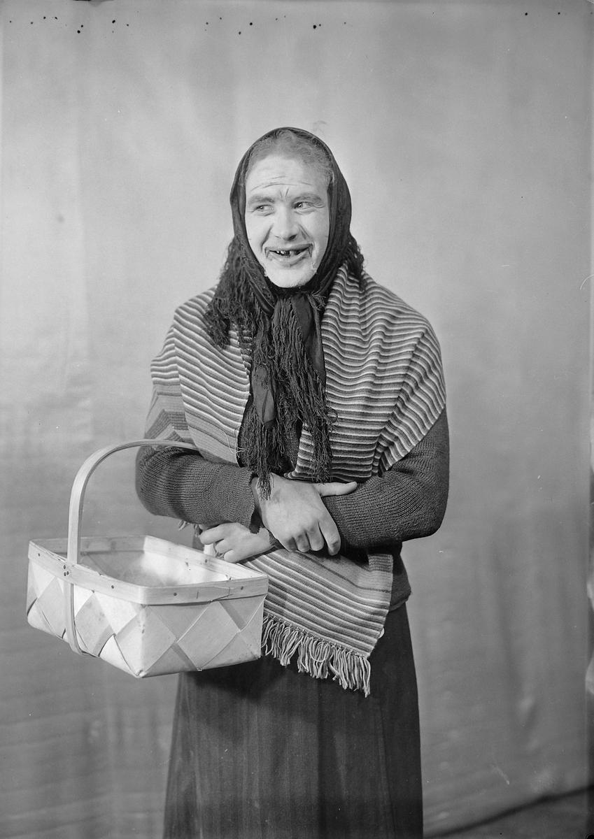 """Kabareten """"På Høigear"""" under Motoruka 1936"""
