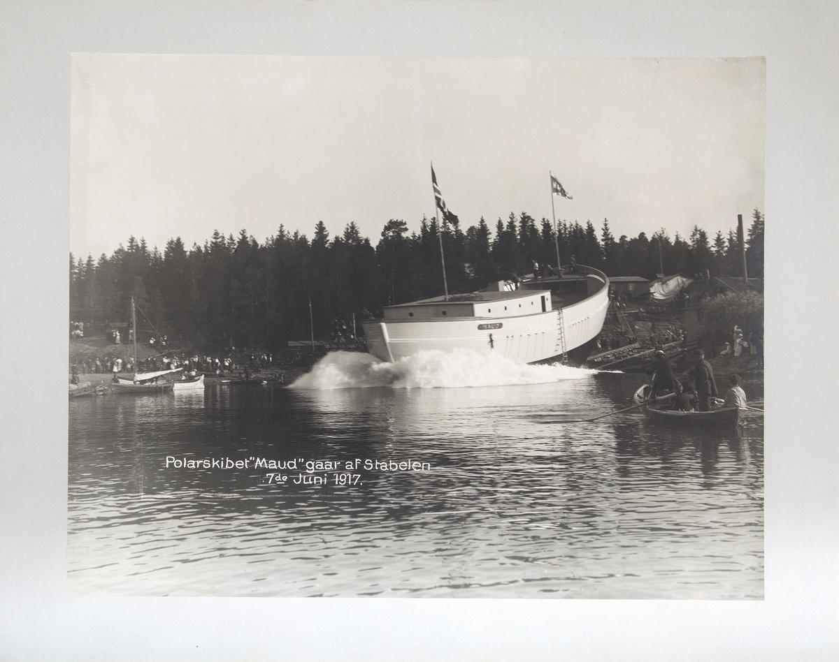 Fotorafi av sjøsetting av Maud