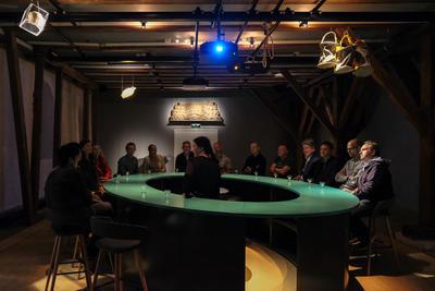Historiebaren BAR 1567 i Tøihuset, Gamlebyen