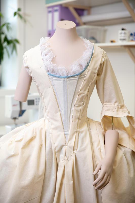 Mathia Leuchs kjole 15