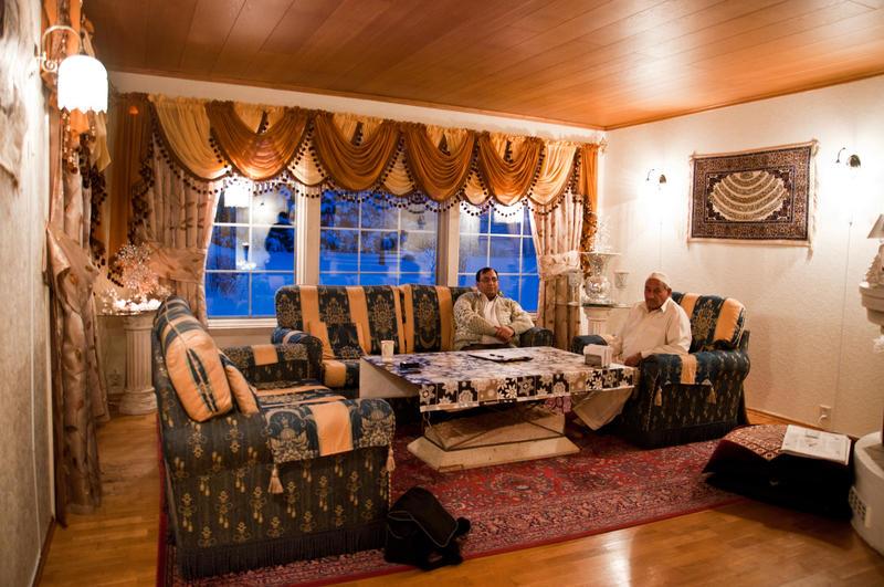Stua hos familien Majeed i Railingen, 2010.