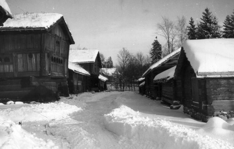 Setesdalstunet en vinterdag i 1942. (Foto/Photo)